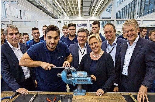 Daimler feiert 100 Jahre Ausbildung