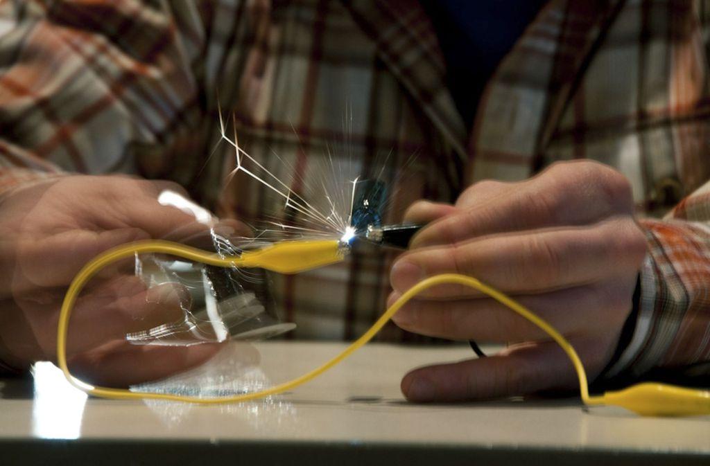 Experimente sind das A und O im naturwissenschaftlichen Unterricht. Foto: Johannes List