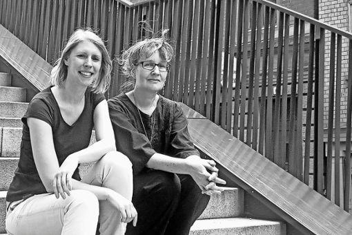 Die Autorinnen Dorothea Böhme (links) und Regine Bott.
