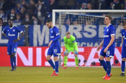 Schalke verspielt in Überzahl eine 2:1-Führung