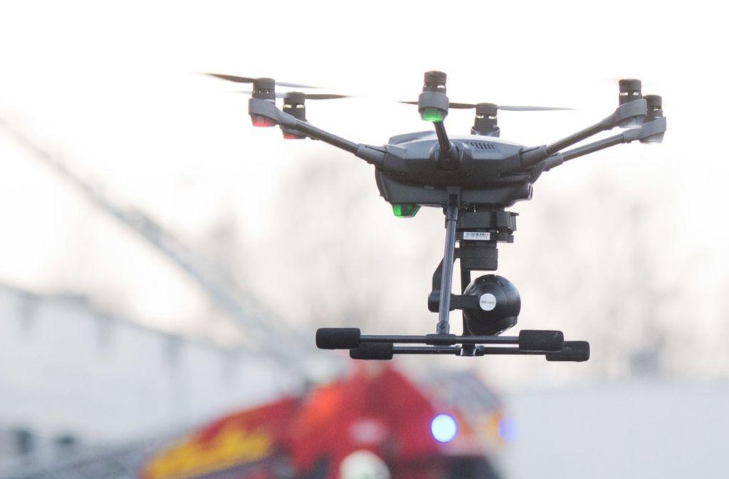 Eine Drohne hatte den Einsatzhubschrauber daran gehindert, abzuheben (Symbolfoto). Foto: dpa