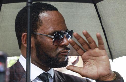 R. Kelly muss vorerst in Haft bleiben