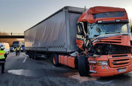 Lkw-Crash führte zur Vollsperrung