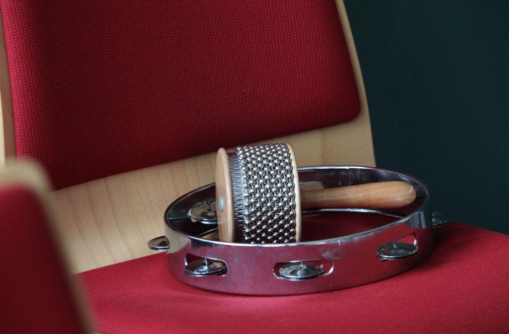 In der Corona-Krise bleiben für die musiktreibenden Vereine nicht nur die Instrumente ein Tabu. Foto: Patricia Sigerist