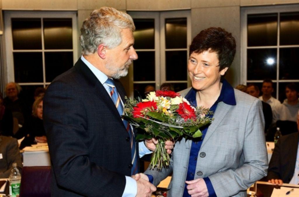 Im Februar 2011 hat Otmar Heirich Claudia Grau noch Blumen geschenkt. Foto: Rudel/Archiv