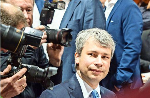 Staatssekretär Bilger verspricht Gäubahn-Tunnel am Airport