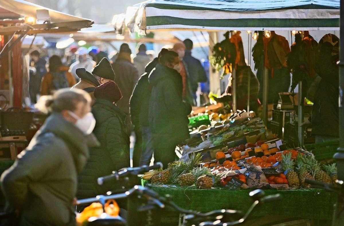 Gegen die Verlegung des Möhringer Wochenmarktes regt sich Widerstand. Foto: dpa/Soeder