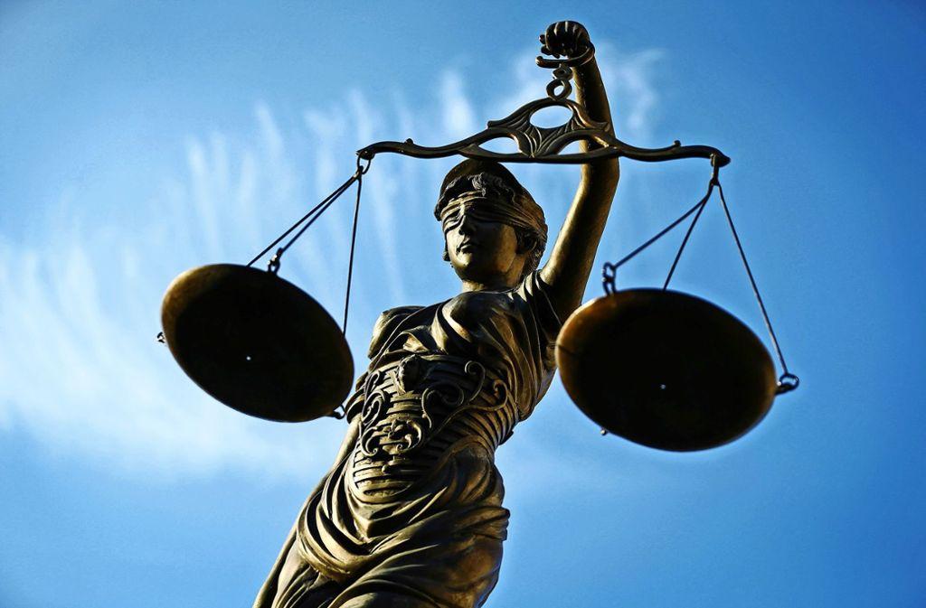 Die Justiz hat sich dem Oberaichener Bauprojekt angenommen. Am Dienstag ist er erste Verhandlungstag. Foto: dpa/David-Wolfgang Ebener