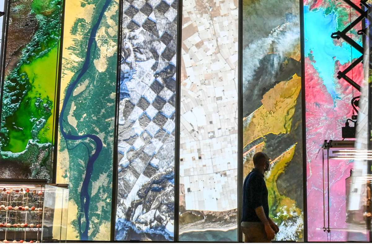 """Einblick in die Ausstellung """"Nach der Natur"""", die vom 20. Juli an eine der sechs Eröffnungsschauen im Humboldt Forum ist. Foto: dpa/Jens Kalaene"""