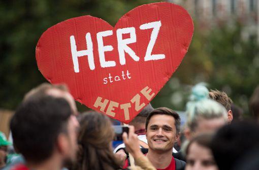 Bernhard Vogel fordert Hilfe beim Kampf gegen Rechte