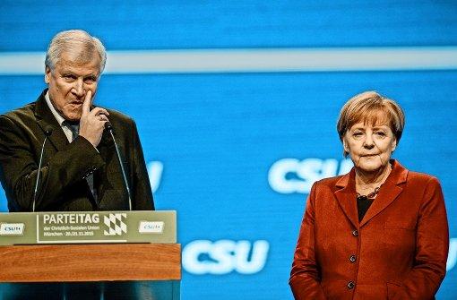 Merkels Kritiker  warten Berlin-Wahl ab