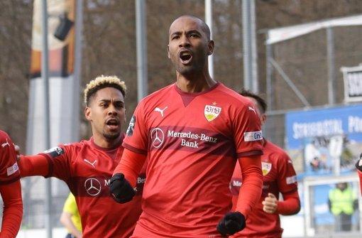 Cacau trifft für den VfB II, Kickers überraschen