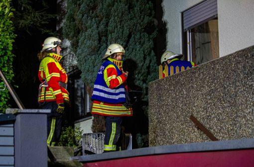 Feuerwehr rettet Hund vor Flammen