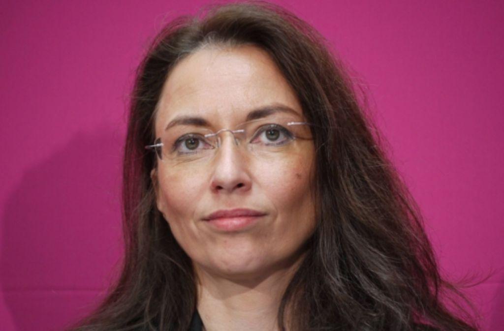 SPD-Generalsekretärin Yasmin Fahimi fordert Führungsstärke von der Kanzlerin. Foto: dpa