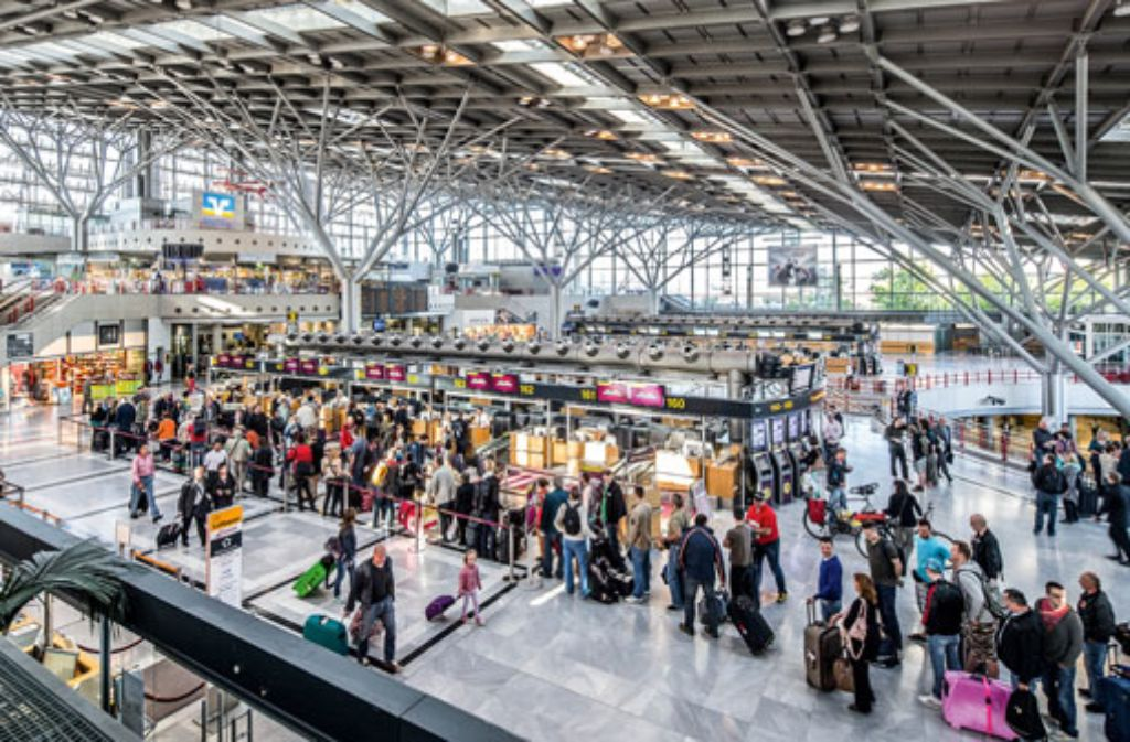 Heißt der Stuttgarter Flughafen ab Dienstagabend Manfred-Rommel-Flughafen? Foto: Flughafen Stuttgart