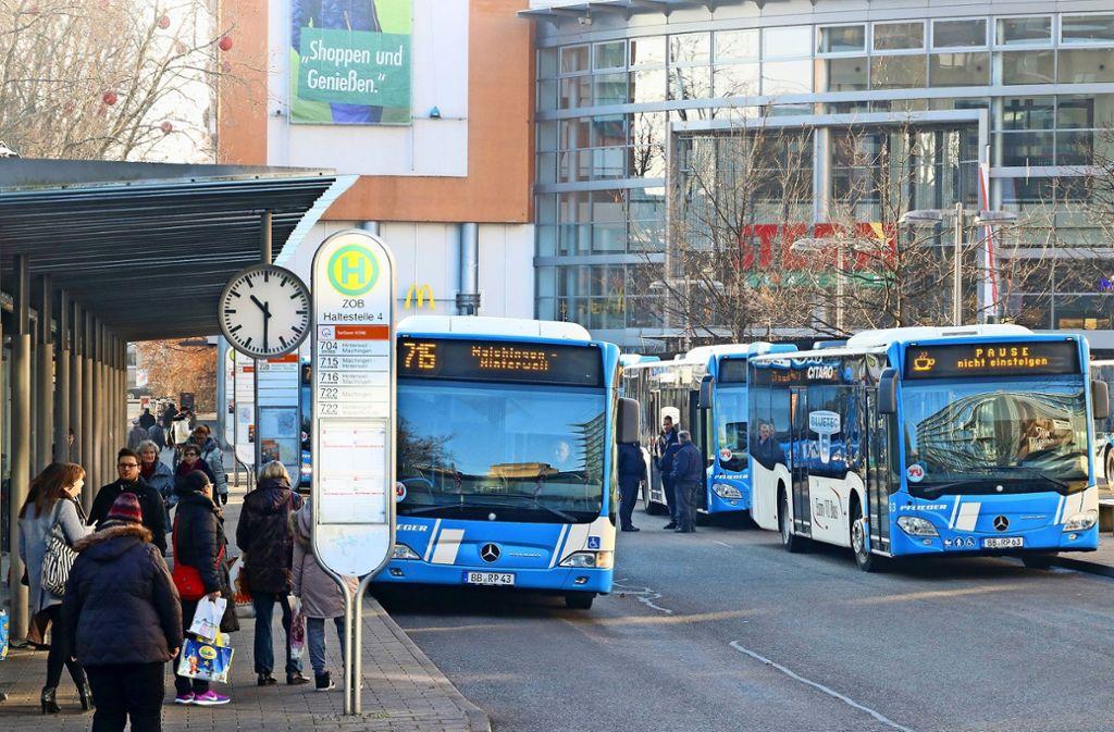 Die Busse im Kreis bedienen 14 Prozent mehr Strecken als 2018. Der Etat für den öffentlichen Nahverkehr steigt seit Jahren auf immer neue Bestmarken. Foto: factum/Granville