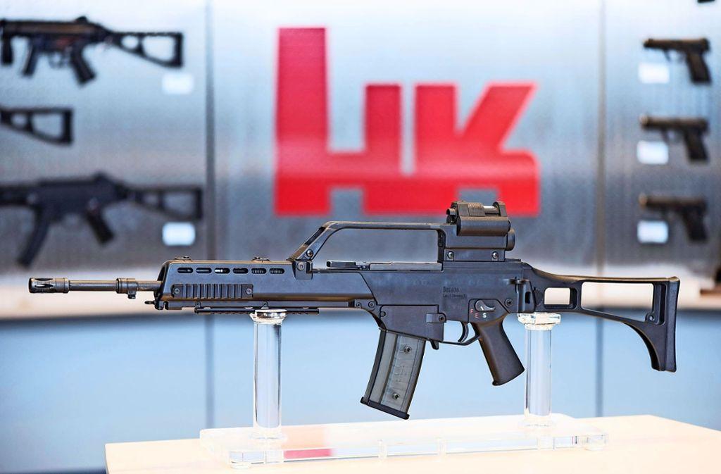 Im Prozess um mutmaßlich illegal nach Mexiko exportierte Waffen hat ein Zeuge am Dienstag die Rolle des Bundeswirtschaftsministeriums verteidigt. Foto: dpa