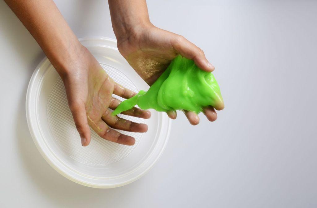 Spielschleim ist beliebt, aber nicht ungefährlich. Foto: fullempty - stock.adobe.com