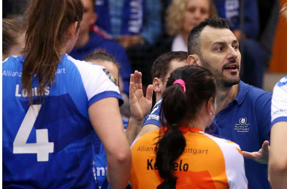 Auf MTV-Cheftrainer Giannis Athanasopoulos wartet auch in der nächsten Saison viel Arbeit – unter anderem in der Qualifikation zur Champions League. Foto: Baumann