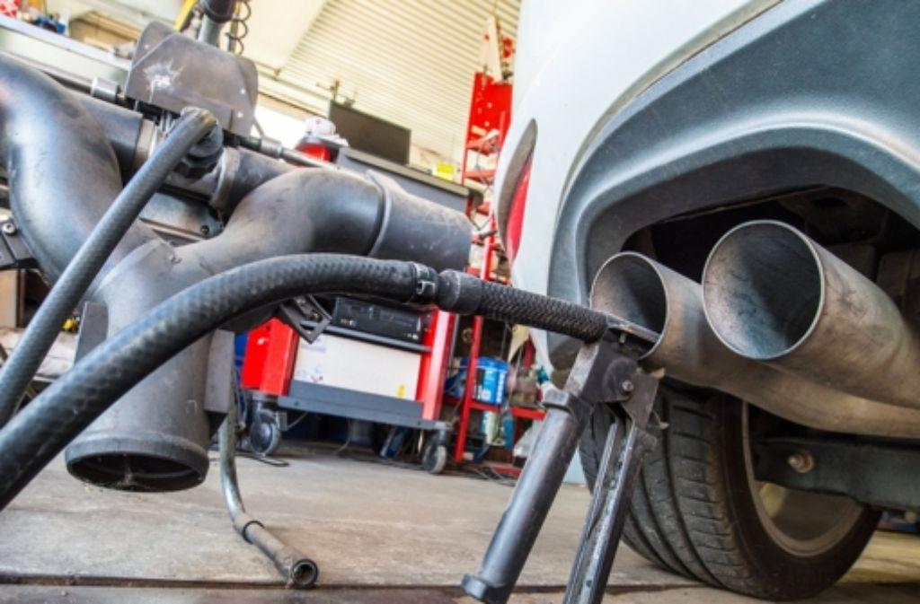 Als Folge des Abgas-Skandals muss Volkswagen womöglich für Steuerschäden aufkommen. Foto: dpa