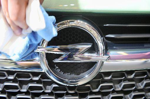 Peugeot prüft Kauf von Opel
