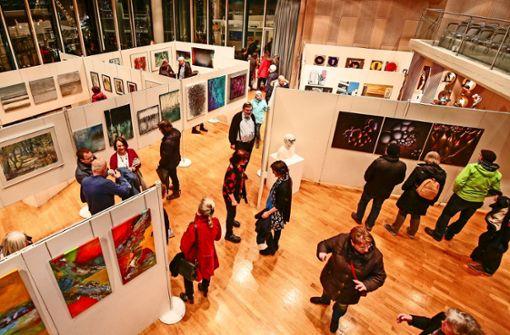 Rund 50 Künstler zeigen ihre Werke  im Bürgersaal