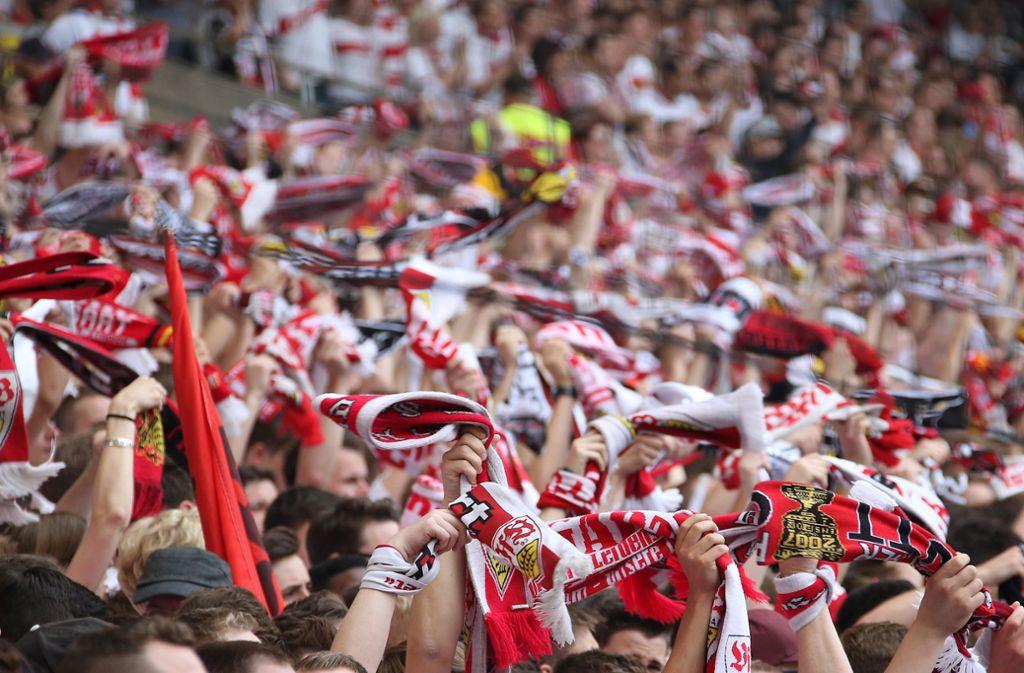Fußball am Wochenende ist ein fester Bestandteil vieler Stuttgarter. Wir zeigen Ihnen, wo Sie den VfB live verfolgen können. Foto: Baumann