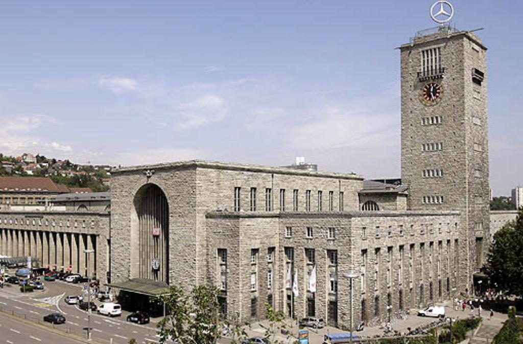 Architekt Ostertag bringt eine neue Variante für den Stuttgarter Bahnhof ins Gespräch... Foto: dpa