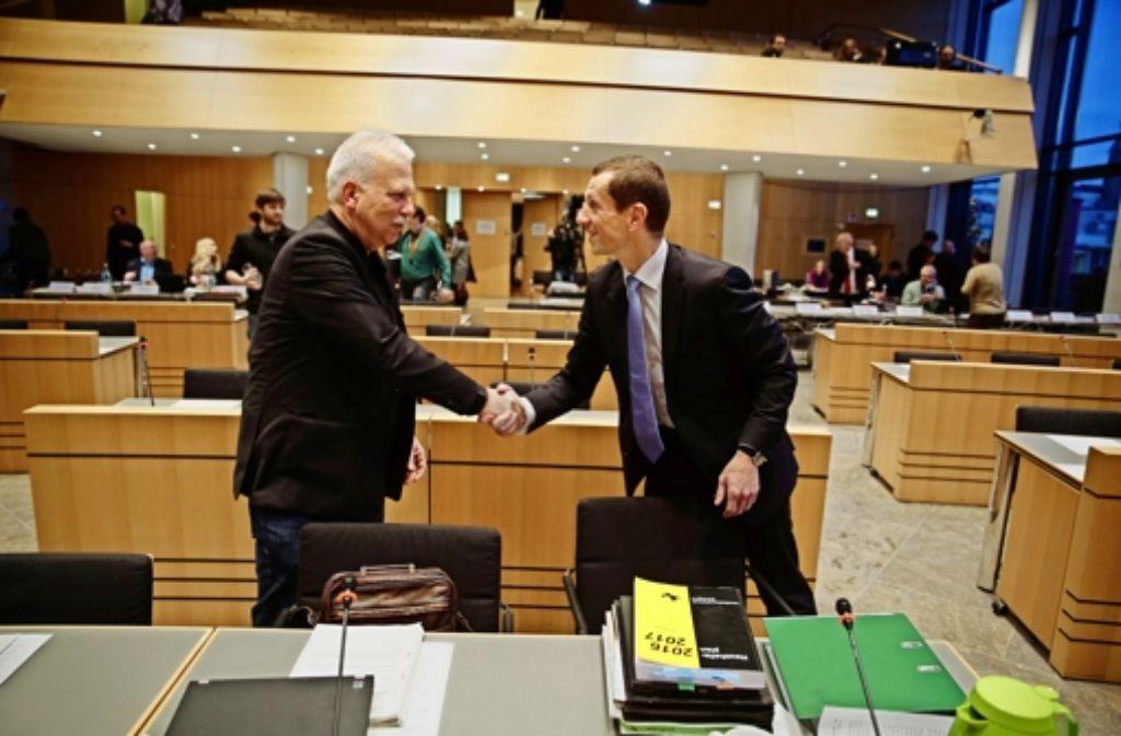 Sie haben den  Haushalt alleine durchgesetzt:  Grünen-Chef  Andreas Winter (links) und Alexander Kotz (CDU) Foto: Lichtgut/Leif Piechowski