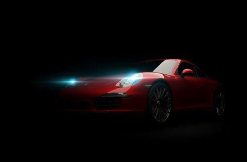 Porsche-Fahrer rast über Landesstraße