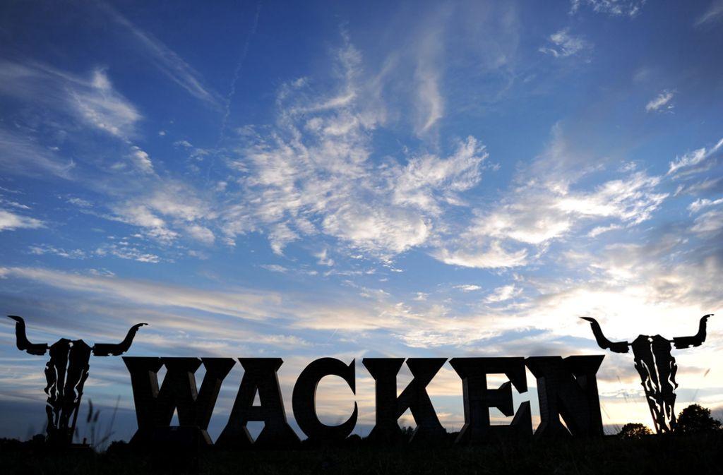 Bis zum Sonntag sammeln sich die Metal-Fans in Wacken. Foto: dpa
