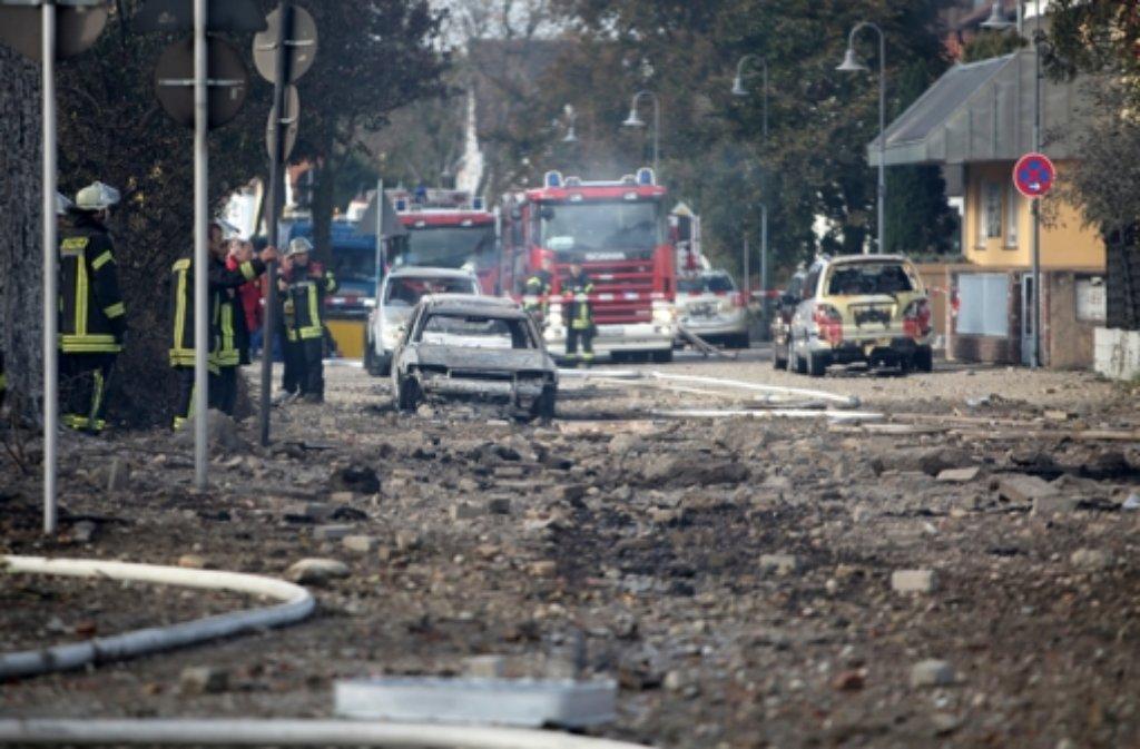 Die Gasexplosion in Ludwigshafen hat gewaltige Ausmaße angenommen.  Foto: dpa