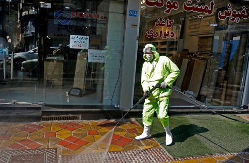 Iran: Tanz-Challenge gegen Corona-Virus im Krankenhaus