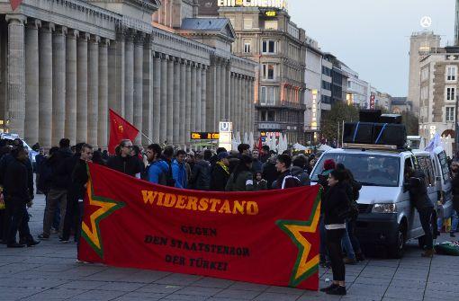 Polizei greift bei Kurdendemo ein