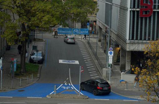 Warum noch immer Autos durch die Eberhardstraße fahren