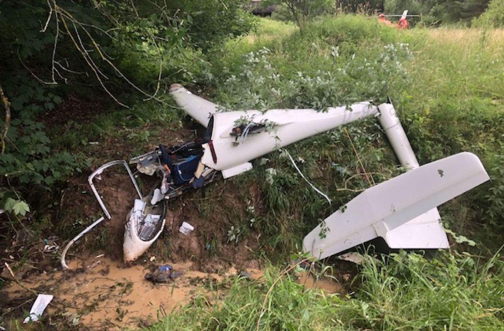 Das Segelflugzeug wurde beim Absturz komplett zerstört. Foto: SDMG