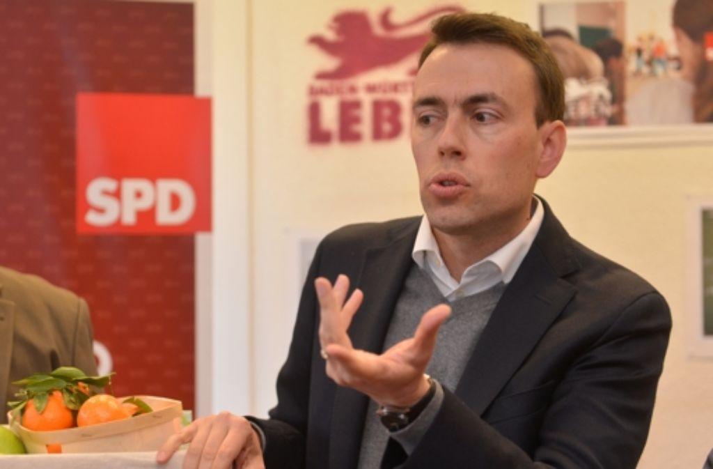 SPD-Spitzenkandidat Nils Schmid bei der Eröffnung der Wahlkampfzentrale seiner Partei. Foto: dpa