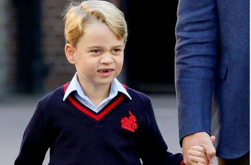 Vier Generationen, ein Bild – Royals backen zusammen für Weihnachten