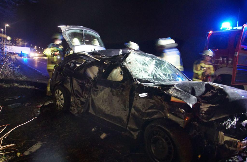 Der Audi-Fahrer wird bei dem Unfall leicht verletzt. Seinen Führerschein muss er trotzdem abgeben. Foto: SDMG/SDMG / Hemmann