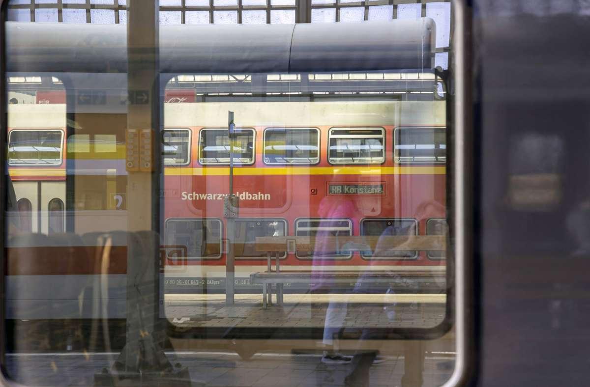 Die Schwarzwaldbahn wird für 47 Millionen Euro modernisiert. (Symbolfoto) Foto: imago images/Arnulf Hettrich