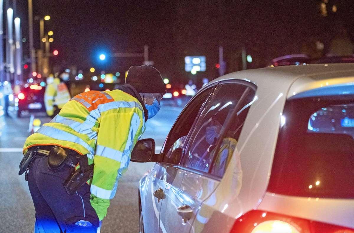 Die Polizei hat am Mittwochabend im Kreis Ludwigsburg insgesamt 1400 Fahrzeuge angehalten. Foto: 7aktuell.de/Oskar Eyb/7aktuell.de | Oskar Eyb