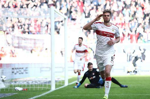 VfB Stuttgart gewinnt mit 2:0 gegen Kaiserslautern