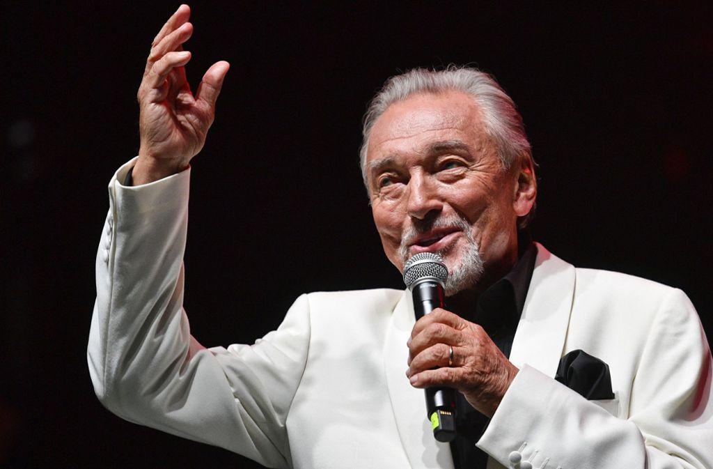Karel Gott bei einem Konzert 2018 in Prag Foto: dpa/Michal Kamaryt