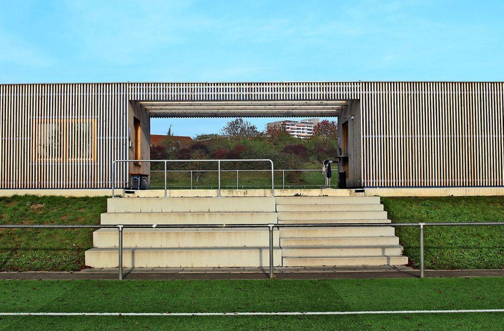 Dass ein Nutzbau nicht hässlich sein muss, beweist nach dem Geschmack der Jury das neue Sport-Infrastrukturgebäude des TSV Heumaden. Foto: Caroline Holowiecki