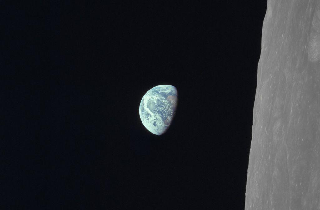Bereits aus dem Wettbewerb ausgeschieden: die Erde aus der Sicht des Monds vom 24. Dezember 1968. Foto: Earth Observatory/NASA