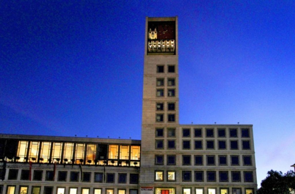 Der Kampf um den Chefsessel im Stuttgarter Rathaus bleibt spannend. Foto: factum/Weise