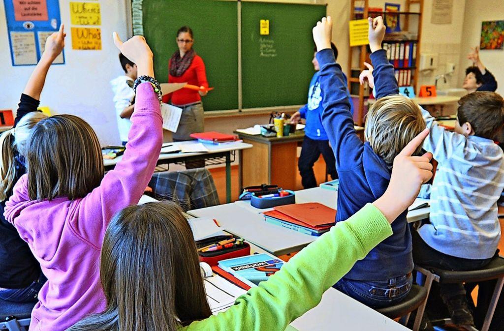 Schon bei der Grundschuluntersuchungen hätten Schüler nur durchschnittliche Leitungsne gezeigt. Das habe sich nun fortgesetzt. Foto: dpa