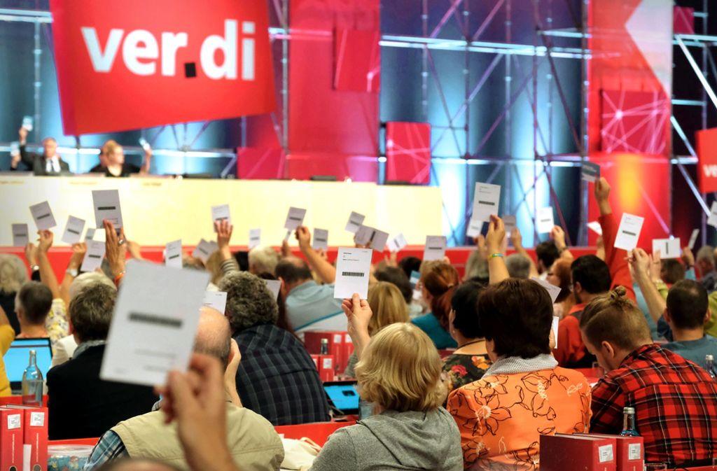 Etwa 1000 Delegierte entscheiden in Leipzig  über den Weg von Verdi in den kommenden vier Jahren. Foto: dpa/Sebastian Willnow