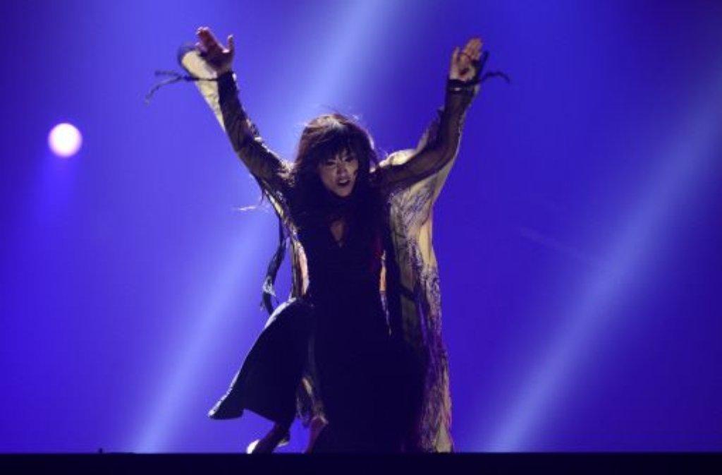 Euphoria heißt das Lied, mit dem Loreen aus SCHWEDEN beim Eurovision Song Contest alle anderen Länder hinter sich lässt. Foto: dapd