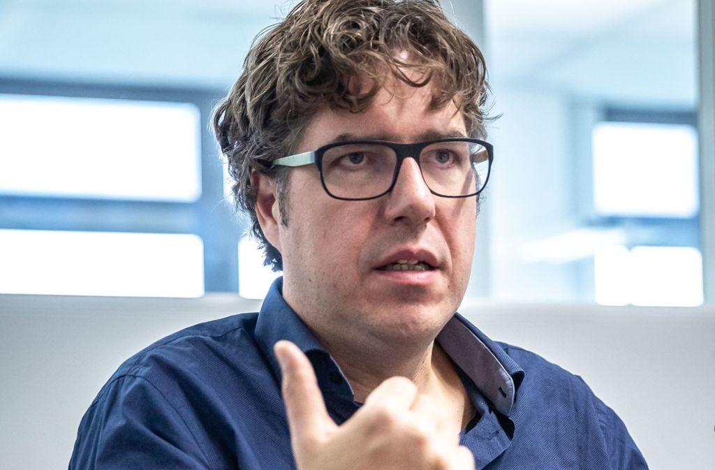 Michael Kellner, hier beim Gespräch im Stuttgarter Pressehaus,  ist seit 2013 politischer Bundesgeschäftsführer der Grünen. Foto: Lichtgut/Julian Rettig